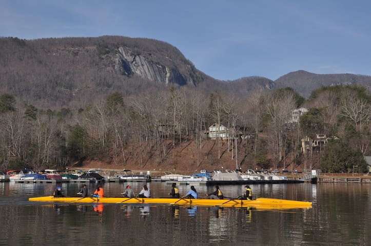 Favorite location for college row teams