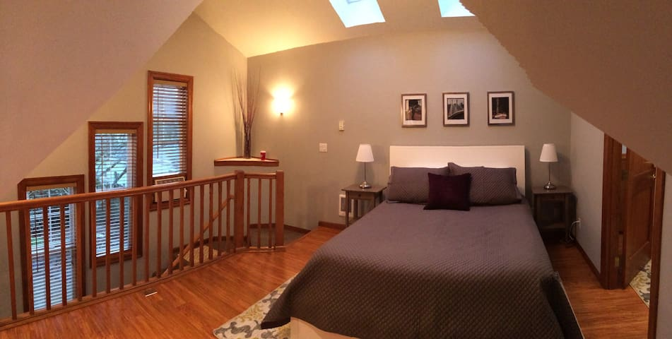 Cozy Above the Garage Apartment - Portland - Apartemen