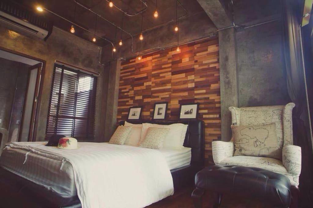 Jean Room