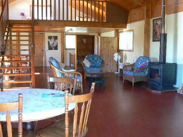 Bellview Holiday Farmstay  - Bellthorpe - Cabin
