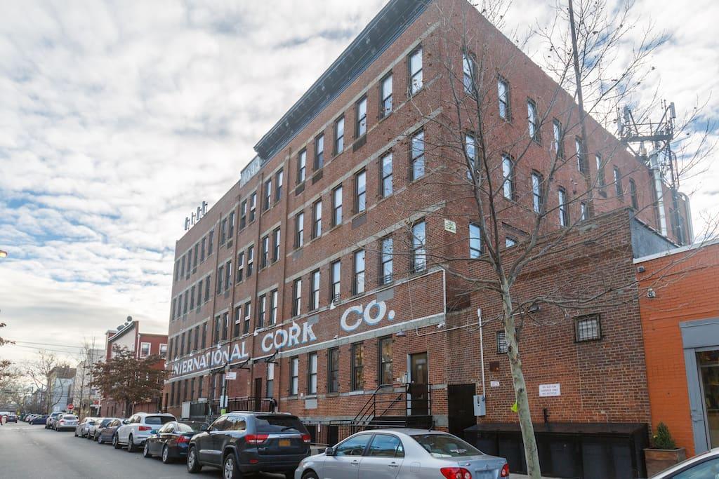 Gorgeous 2br xl loft habitat 101 appartamenti serviti for Loft new york affitto settimanale