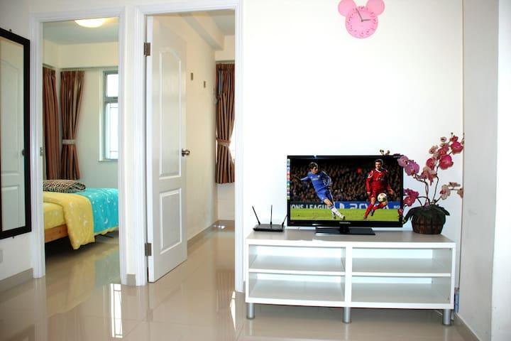 Tsim Sha Tsui, newly 2 beds apartment