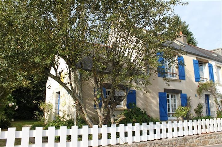 Jolie maison bretonne 2 chambres - La Forest-Landerneau - Hus