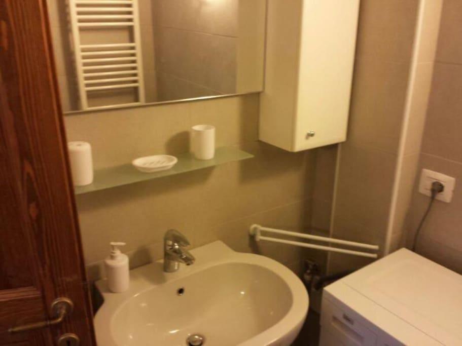 La thuile centro paese nuovo app appartamenti in for Arredo bagno valle d aosta