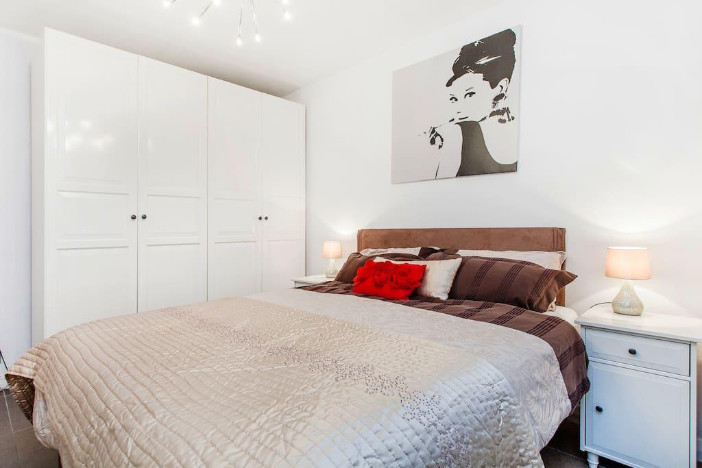Bedroom, with plenty of wardrobe space