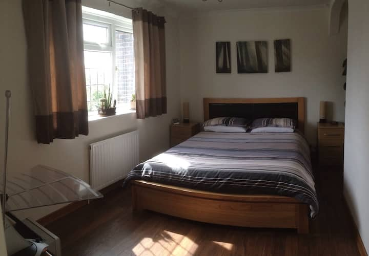 Spacious double in South London