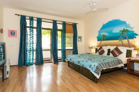 Large Villa Cosy Room. (Unwind) - Gurgaon - Szoba reggelivel