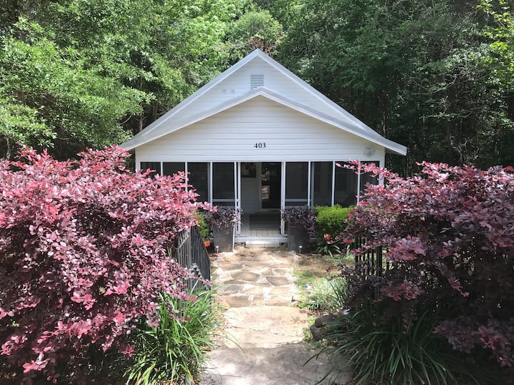 Hidden Cottage of Fairhope