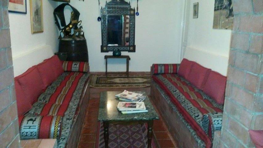 Chambre . d'hôtes . F.E.B.O . - route de Mateur  - Bed & Breakfast