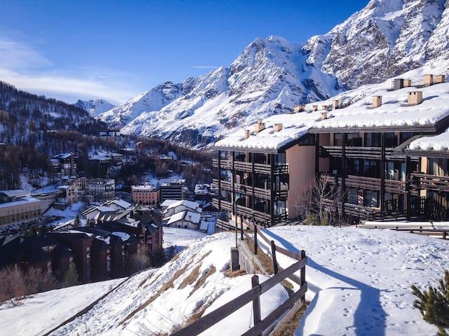 Apartment in Cervinia on the slopes - Breuil-Cervinia - Cabaña