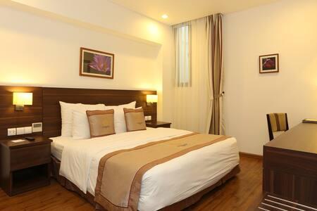 Standard room near Hoan Kiem Lake