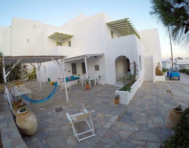 Appartement à 100 m de la plage - Piso Livadi - Wohnung
