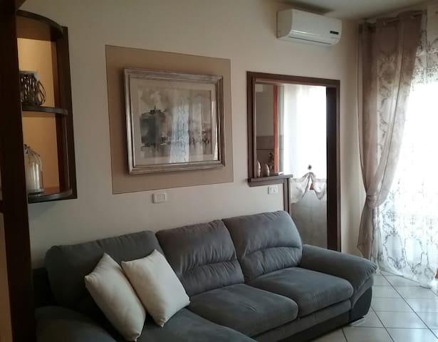 Appartamento mq. 120 elegante e luminoso. - Montecatini Terme - Daire