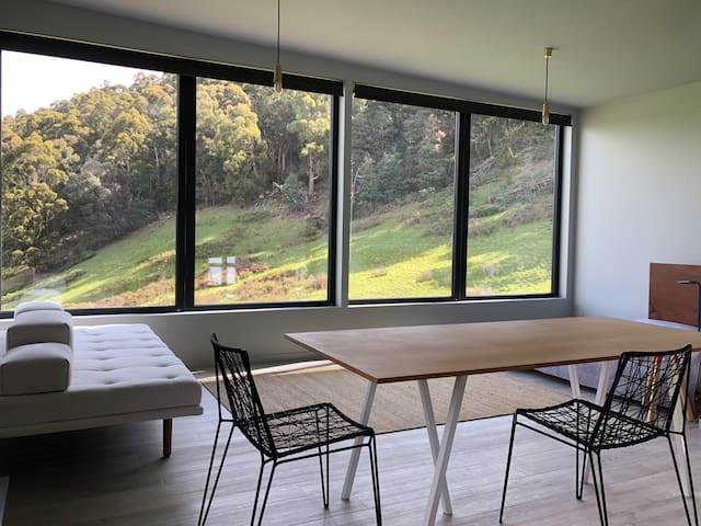 Inside Studio Calyx, you enjoy a panoramic view of the valley where wallabies emerge at dawn and dusk.