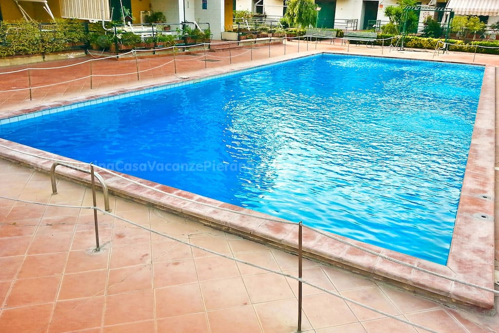 Starfish Seafront House With Pool Apartments For Rent In
