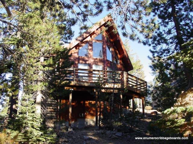 Acorn Cabin - Soda Springs - Huis