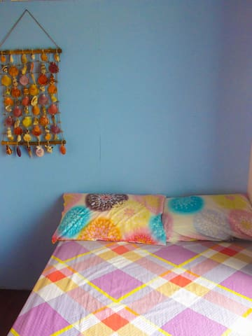 1 Single Room Aventura BnB Siquijor