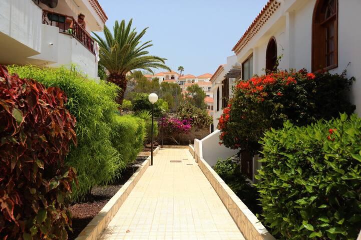 Buganvillas, 2bedroom apartments - Costa Adeje - Apartamento