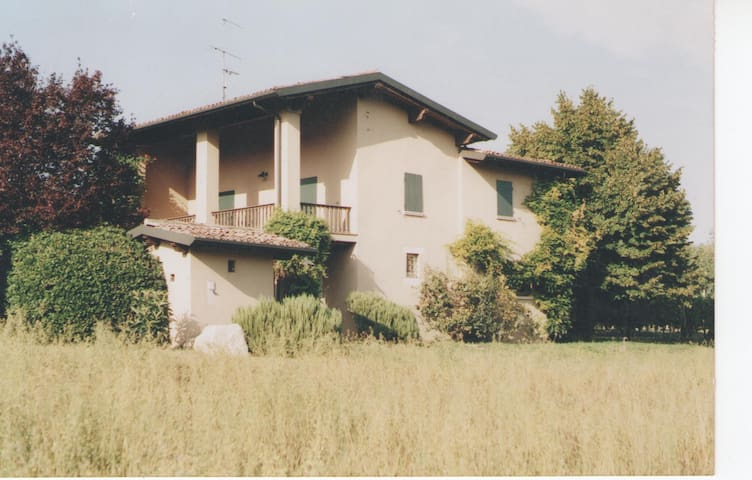 country house near Garda Lake