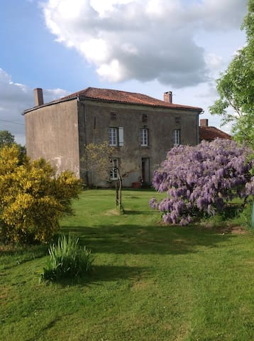 Wisteria House - Chanteloup - Penzion (B&B)
