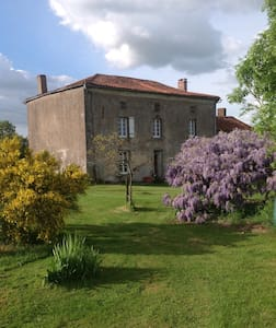 Wisteria House - Chanteloup