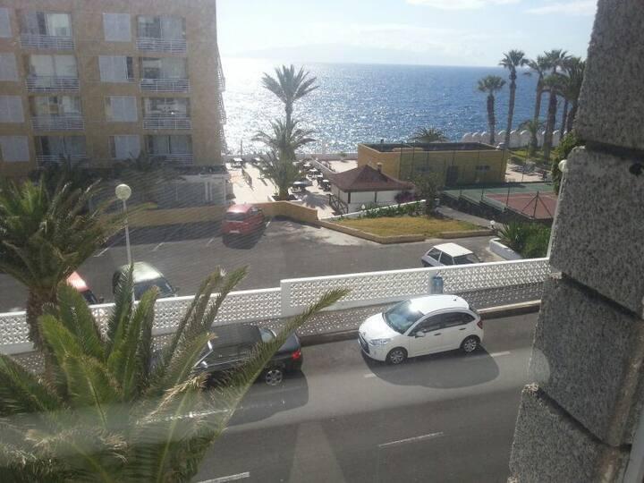 Apartments mit Blick auf Meer