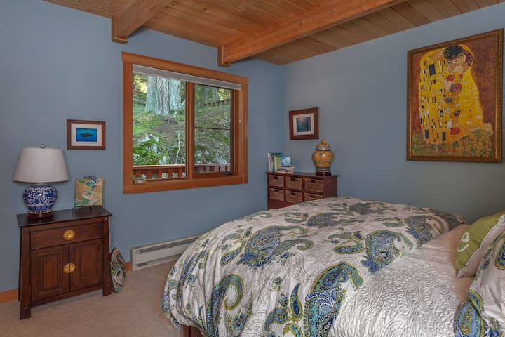 Bedroom furnished with a queen bed with top of the line mattress and linens. Guests report the best sleep of their lives on these beds.