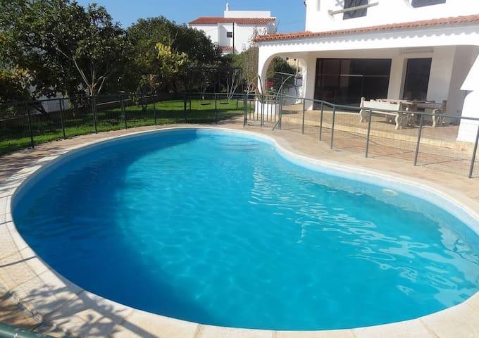 Room Elfya! Restful Time by pool in Faro