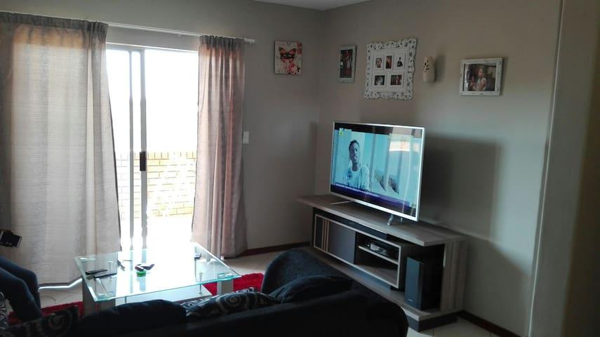 Beautiful Apartment in Midrand - Midrand - Apartment