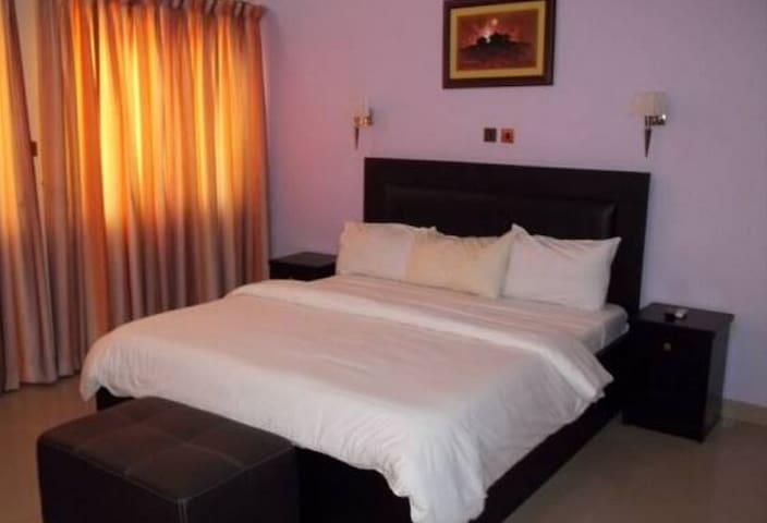 Signature Grand Hotel...Affordable and Exotic Hotel In Enugu