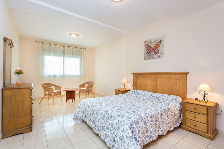 spacious and comfortable 3 bedrooms - La Guancha - Apartamento