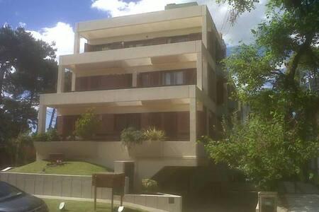 Luminoso 2 ambientes con balcon terraza - Pinamar - Apartament