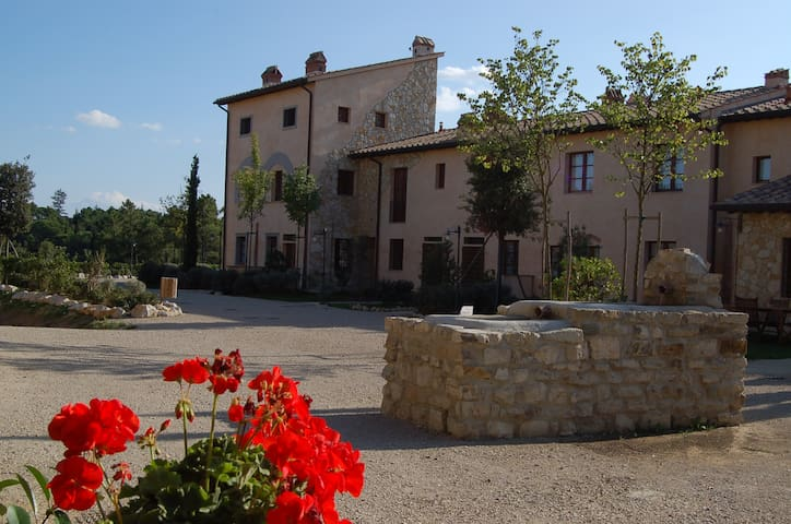 NIDO DEL BORGO - Relax in Tuscany! - Gambassi Terme - Appartement