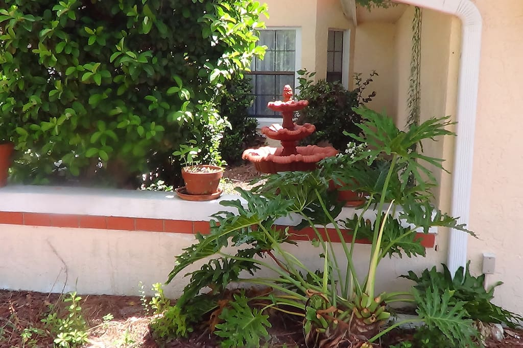 A fountain welcomes you to the Casa Grande