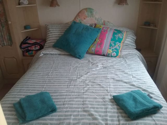 Main Bedroom Double Bedbwith King Size Quilt to keep you cosy