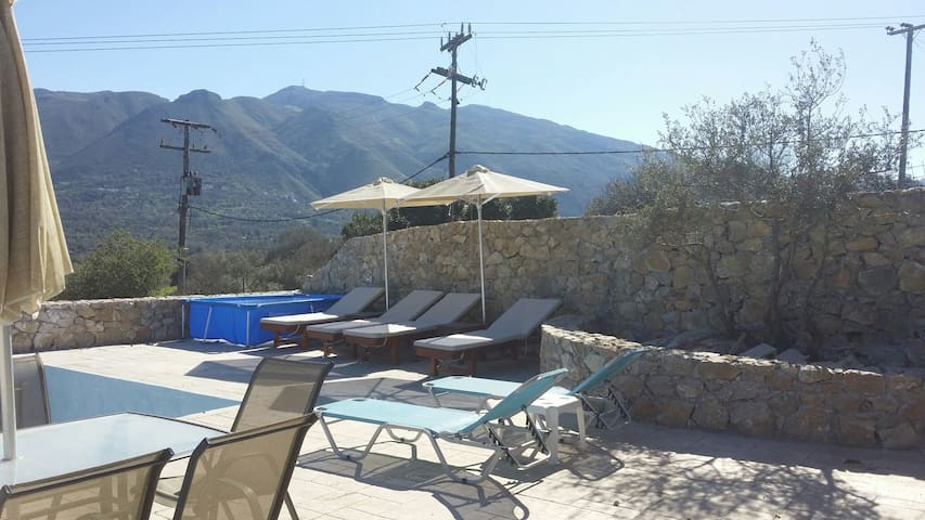Villa Gose 37m2 pool available May - Rethymno