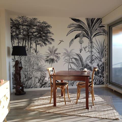 Studio lumineux, terrasse avec vue à 5 min de Lyon