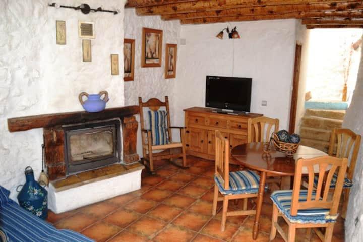 Casa rural  Montaña Jacuzzi chimenea 2 personas