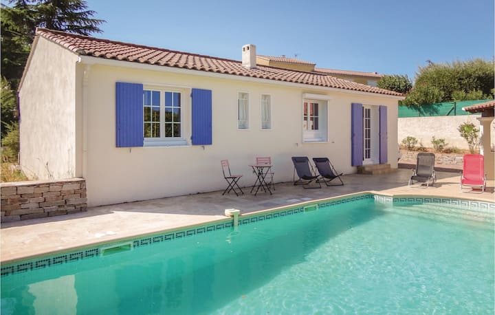 Amazing home in Montagnac with WiFi and 2 Bedrooms