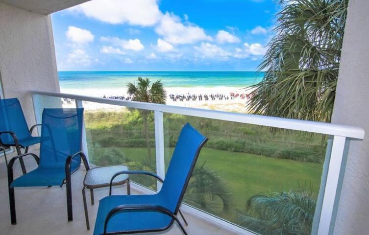 On The Beach, Ocean View, Beachside II, Clean