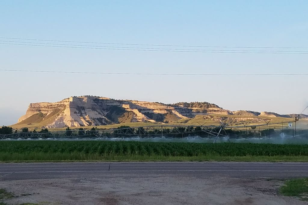 Beautiful view of the Scotts Bluff National Monument.