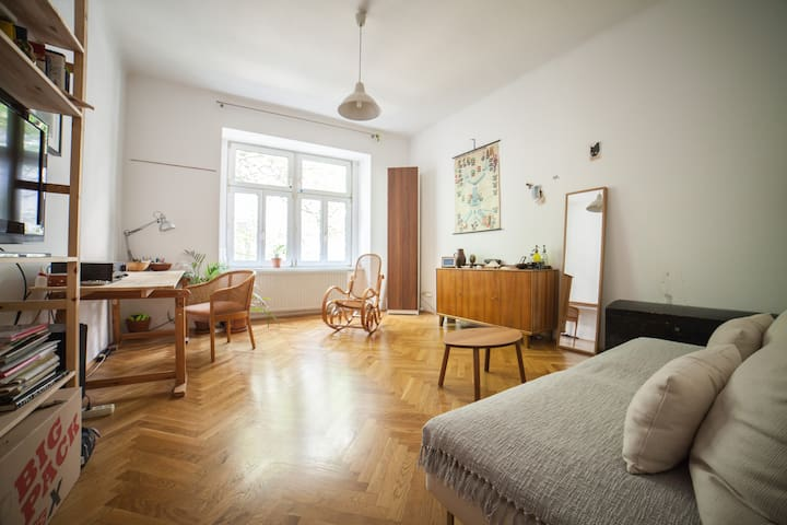 2 - room apartment next to Prater