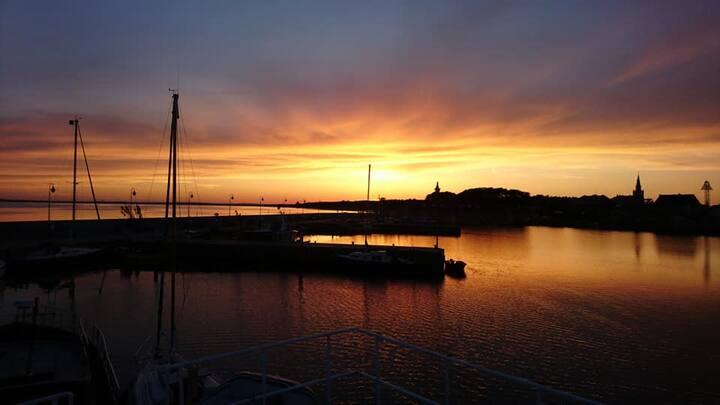 Morski jacht żaglowy Kuźnica Hel Zatoka Bałtyk