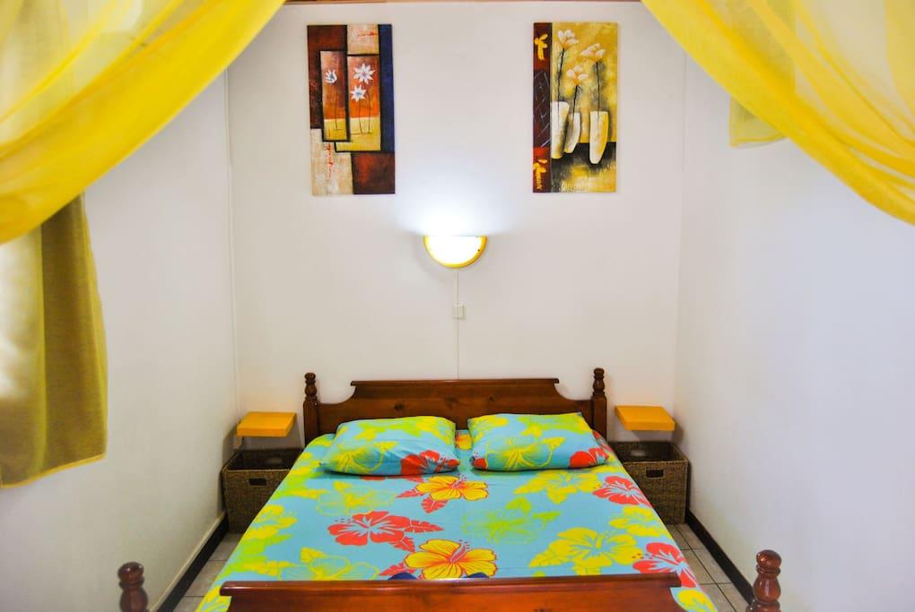Chambre - grand lit