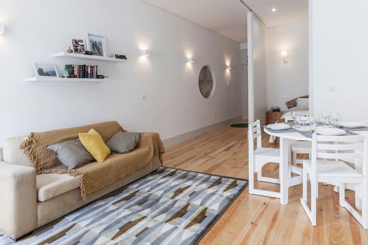 Almada Studio Flat