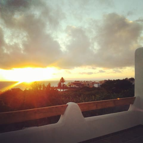 The sunset House
