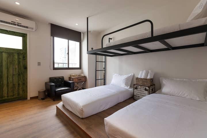 花蓮火車站旁小旅行迷你公寓3人套房3-BEDS ROOM