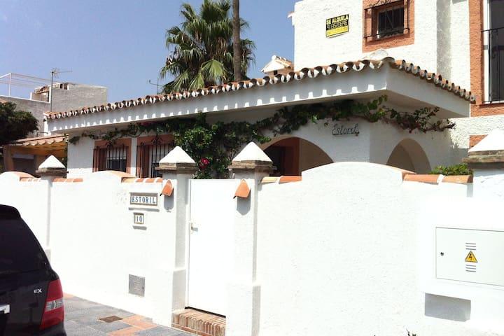 Confortevole casa vacanze a Mijas-Costa con terrazza