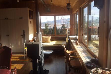복층 침대실  Two stories double bed room - House