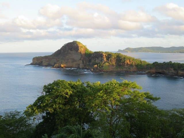 La Vista Nica - 3 br sleeps 6 Amazing View!